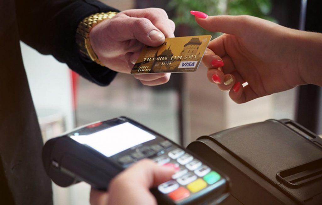 Avoiding Credit Card Scams